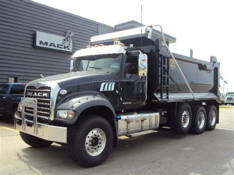 truck kansas city mack granite gu713 in kansas city mo for sale used trucks