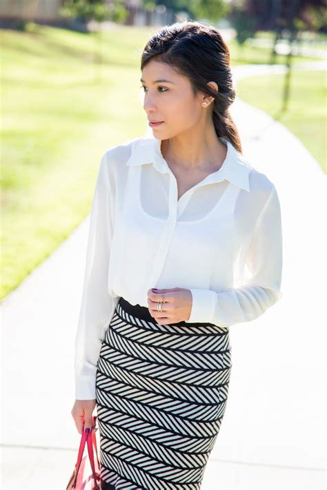 Blouse U Can See you can wear sheer shirts and blouses to the office