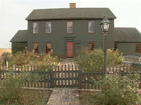 saltbox style home home sweet home on pinterest colonial saltbox houses