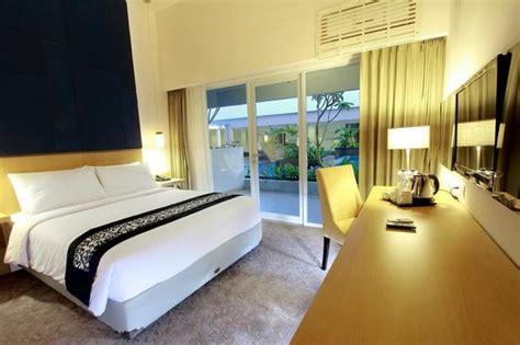 Swiss Bell In Malang swiss belinn malang indonesia review hotel