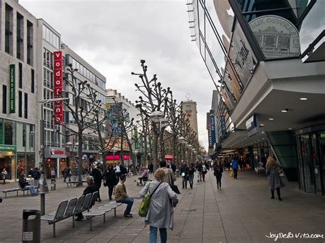 restaurantfinder stuttgart where to go shopping in stuttgart della vita