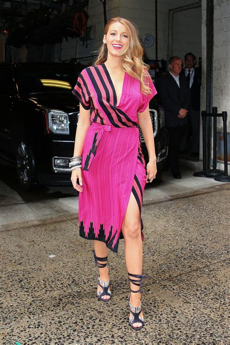 blake lively looks 2015 blake lively live with kelly and michael in new york