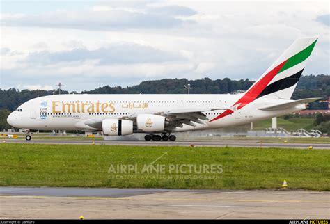 emirates zurich a6 eoo emirates airlines airbus a380 at zurich photo