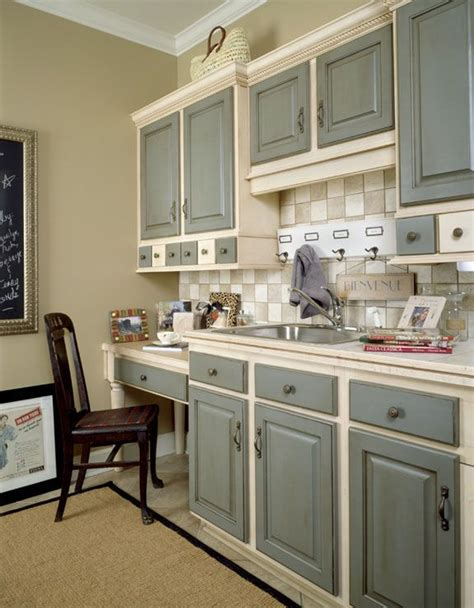 Two Tone Kitchen Cabinets Grey Kitchen Cabinets Two Tone Grey Basecoat With Chocolate Glaze On Doors And Drawer Fronts