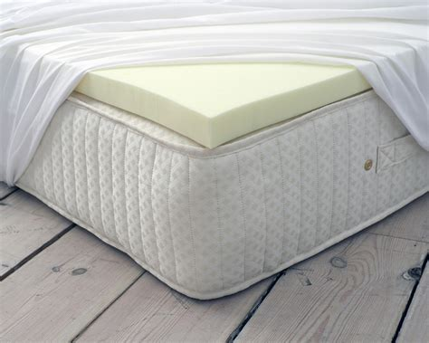 Memory Foam Bed Topper Classic Memory Foam Mattress Topper Zen Bedrooms Uk