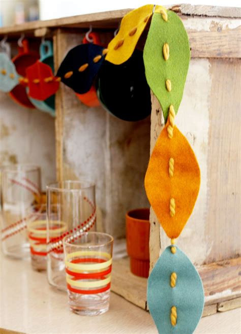 diy crafts for fall 20 simple and easy diy fall leaf projects