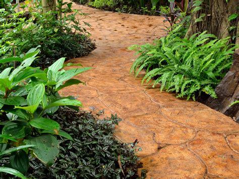 steintreppe streichen steinteppich streichen 187 diese farben kommen infrage