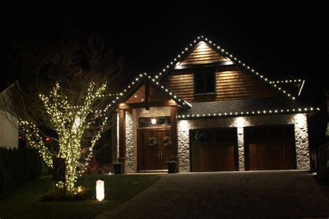 ideas for christmas lights on a ranch house how to install lights on a tree light knights