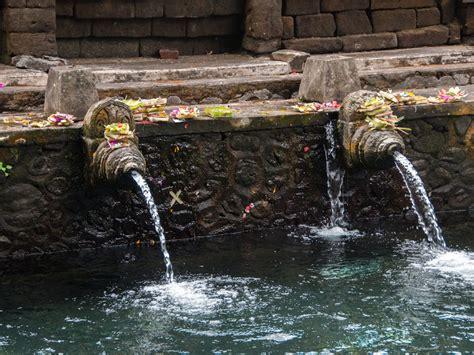 tirta empul temple water temple bali indonesia sonya