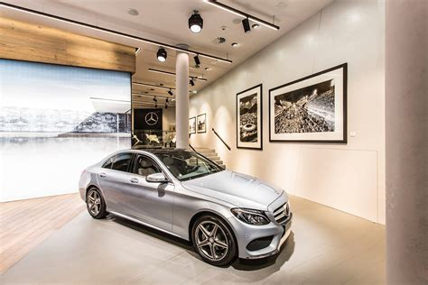 innovative mercedes  store opens  germany