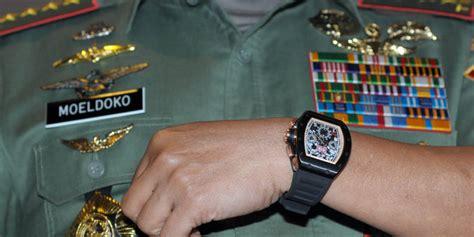 Moeldoko Banting Jam Tangan soal arloji panglima tni aher pamer seiko rp 3 juta miliknya merdeka