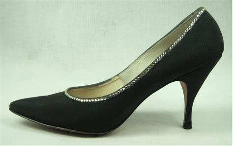 vtg 60 s pointy toe black rhinestone heels shoes 7 5 for