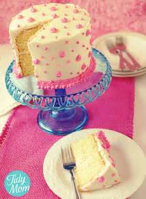How To Decorate A Birthday Cake At Home by How To Decorate Birthday Cake With Butter Cream