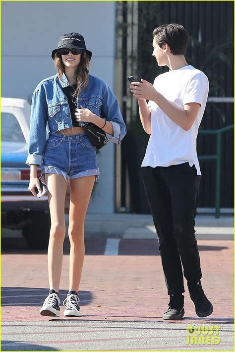 kaia gerber shows kaia gerber shows off her slim figure in crop top shorts