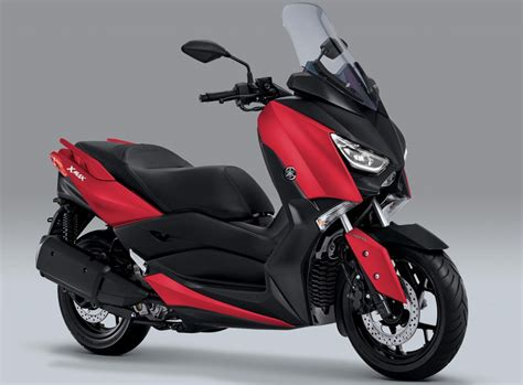 yamaha  max scooter   colours rm