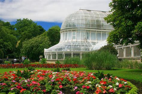 English Learn Read Enjoy Belfast Is The Capital Of Belfast Botanic Gardens