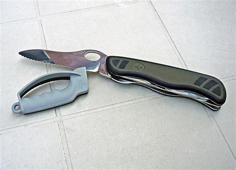 sharpening serrated knife how to sharpen a serrated knife knife den