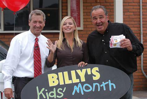 Caroline Fuccillo Kia Billy Fuccillo S Drive Is H U G E The Daily Gazette
