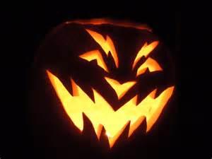 Easy scary halloween pumpkins halloween pumpkins aglow in