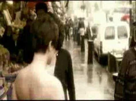 erykah badu bathtub video erykah badu and eight other naked music videos the daily beast