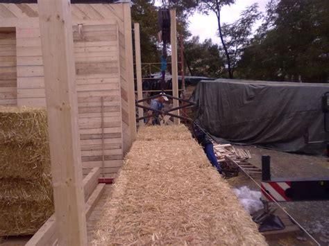 haus aus stroh bauen kosten bauen mit strohballen mit michael gromer