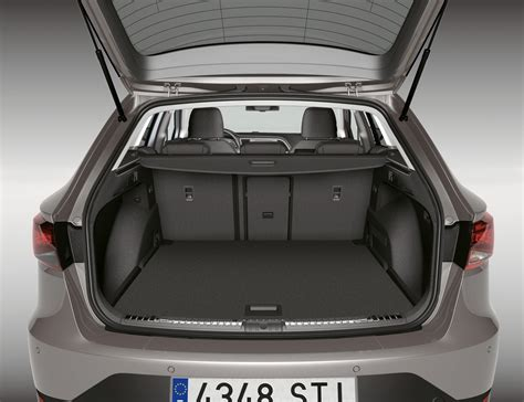 the seat seat st 2014 features equipment and accessories