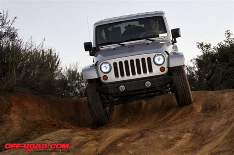 Jeep Jk Snorkel Reviews Rugged Ridge Jeep Jk Modular Xhd Snorkel System Review