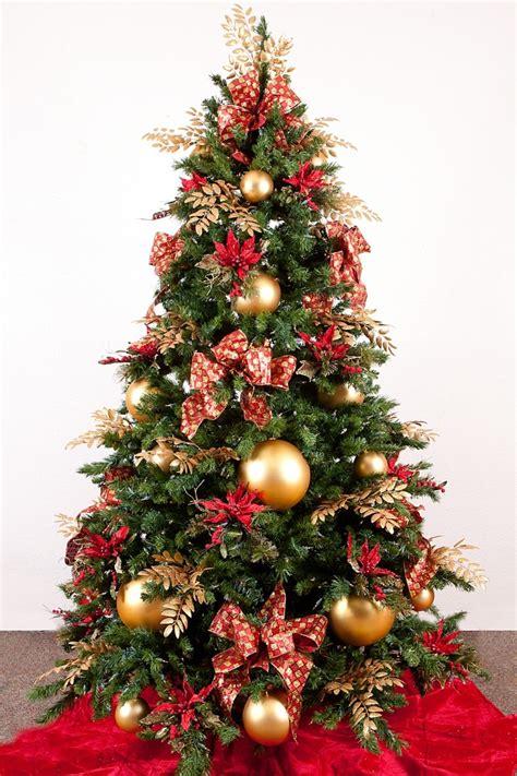 arboles de decoracion color rojo y oro ideas para los adornos de navidad