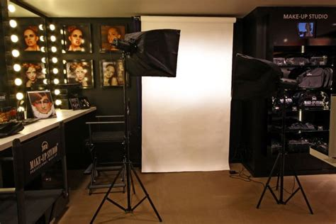 Makeup Studio Decor by Lights Studio