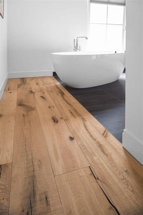 Dennebos Flooring by Enschede Farmhouse Woodz