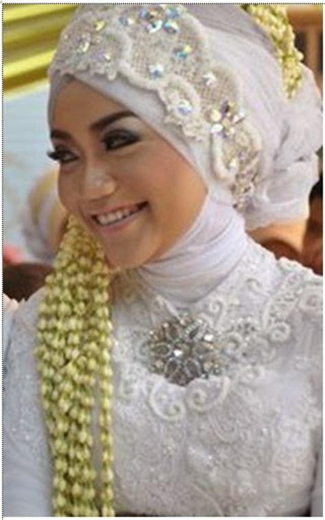 model kerudung untuk pengantin utakuteku jilbab pengantin untuk wajah bulat