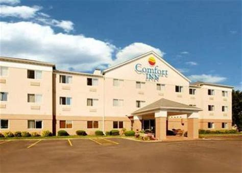 comfort inn msp comfort inn brooklyn center minneapolis deals see hotel