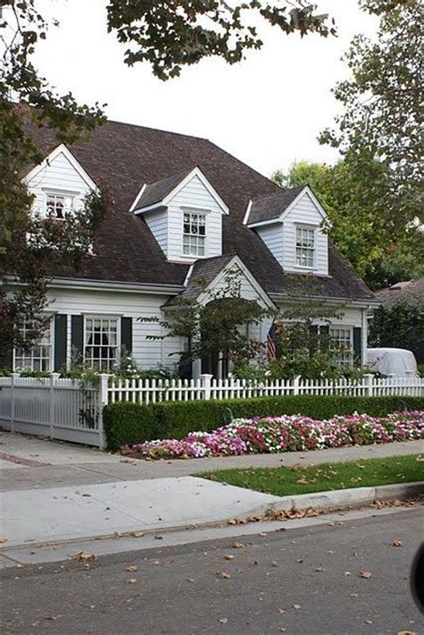 cottage style white picket fence let me live in a house by the sid