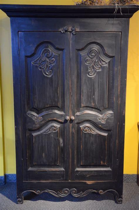 armoire bois recyclé armoire sculpt 233 e en bois recycl 233 meubles des patriotes