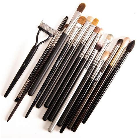 Kuas Eyeshadow Eyelash Brush 759 N420 traveling with makeup tips tricks temptalia bloglovin