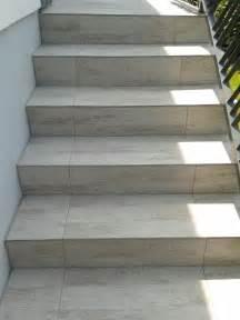 carrelage escalier exterieur pas cher