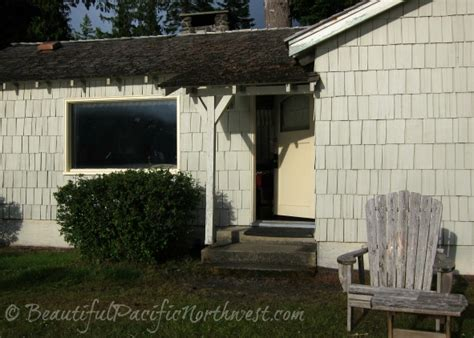 lake crescent lodge in olympic national park wa