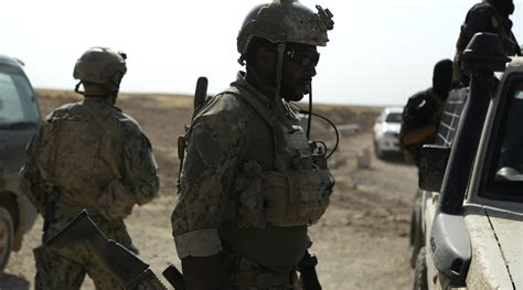 special forces in on us special forces on frontline in