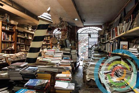 venezia libreria acqua alta libreria acqua alta an original bookstore in venice italy