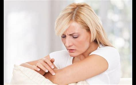 orticaria alimenti da evitare orticaria quali sono i cibi da evitare noncicasco it il