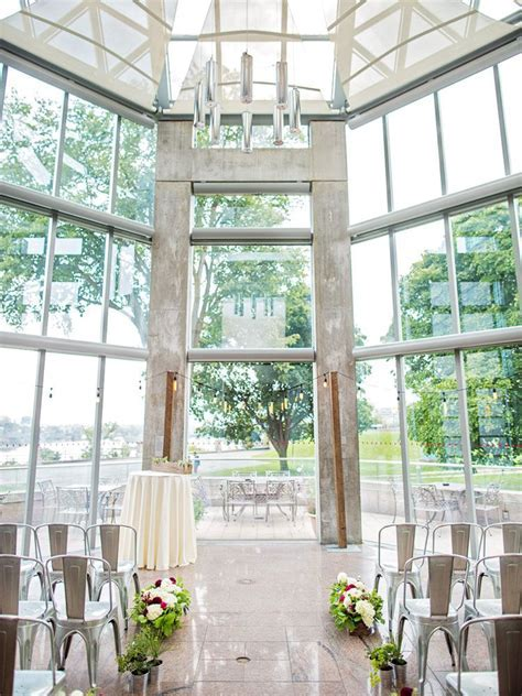 A Modern Wedding At The National Gallery Of Canada