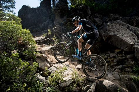 Mba Mountain Bike by 2017 Anthem Gains Travel Shrinks Wheels Updated