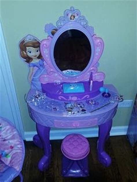 Images About Laylas Bedroom On Pinterest Sofia The