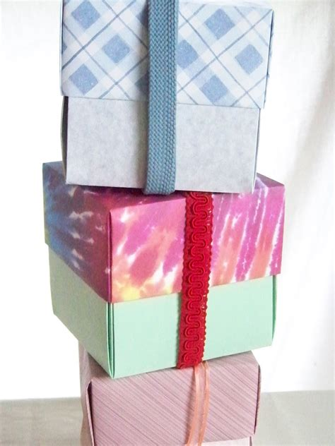 Gift Wrap Origami - easy frugal living frugal gift wrapping origami boxes