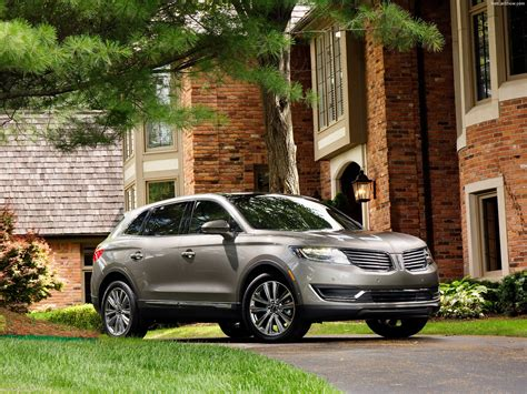 Lincoln MKX (2016)