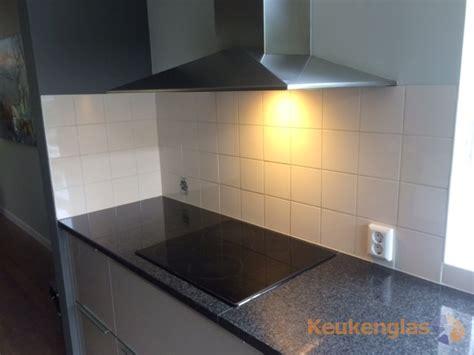 achterwand tegels keuken kan een glazen achterwand in een bestaande keuken