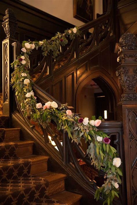 wedding decorations   beautiful staircases