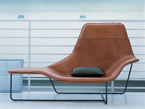 Bim 1005 Stripe upholstered lounge chair lama 921 by zanotta design