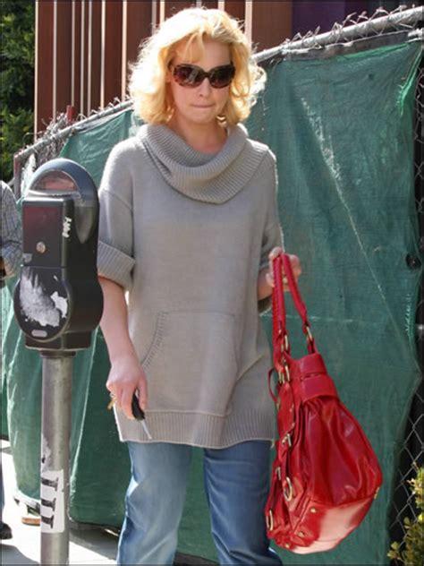 Name Katherine Heigls Designer Purse by Katherine Heigl Style Name That Bag Purseblog