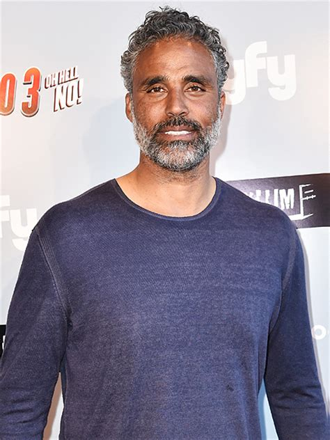 rick fox rick fox joins izombie all about his character people